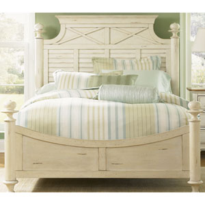 Ocean Isle Bisque with Natural Pine Queen Poster Bed