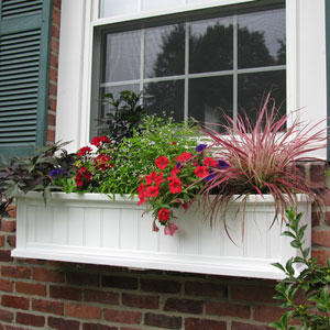 Cape Cod White Four-Foot Window Box