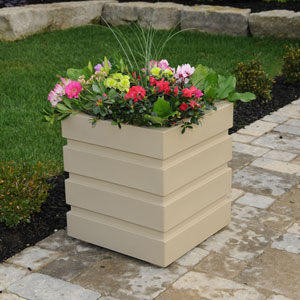 Freeport Patio Planter 18 X 18 Inch - Clay