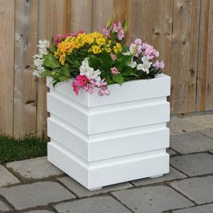 Freeport Patio Planter 18 X 18 Inch - White
