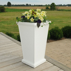 Wellington White Outdoor Tall Planter