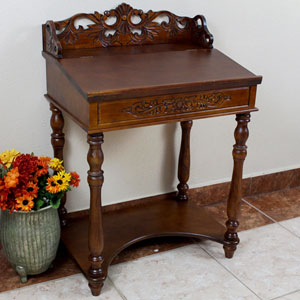 Small Carve Writing Desk