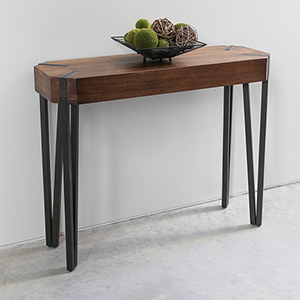 Hamburg Canyon Oak Wood Veneer Console Table