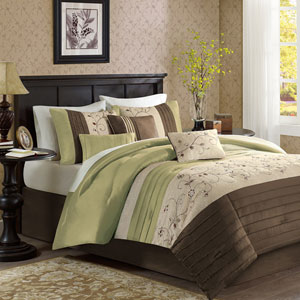 Serene Green Seven-Piece Queen Comforter Set
