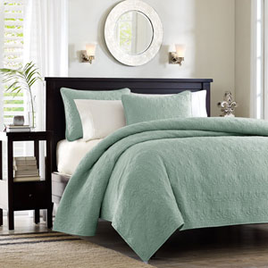 Quebec Green Two-Piece Twin Coverlet Set