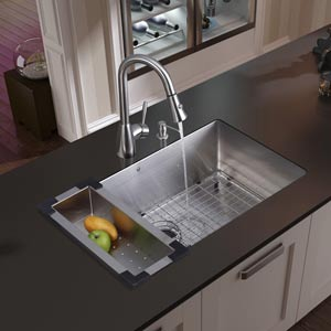 All-In-One 32 Inch Mercer Stainless Steel Undermount Kitchen Sink Set With Aylesbury Faucet In Stainless Steel, With Colander, Grid, Strainer And Soap Dispenser