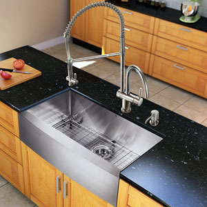 All-In-One 33-inch Bedford Stainless Steel Farmhouse Kitchen Sink Set With Dresden Faucet In Chrome, Grid, Strainer And Soap