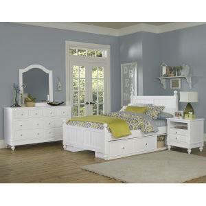 Lake House White Full Bed With Storage