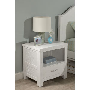 Highlands White Nightstand