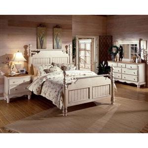 Wilshire Antique White Queen Four-Piece Post Bedroom Set