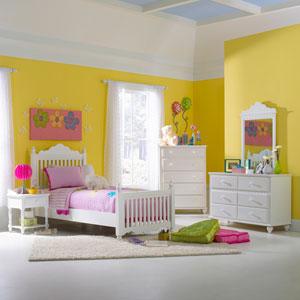Lauren White Twin Five-Piece Post Bedroom Set