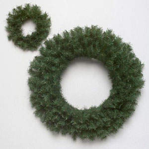 Green Canadian Pine Wreath 16-inch