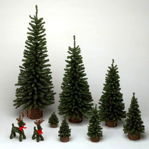 Green Mini Pine with Wood Base Tabletop Tree 9-inch