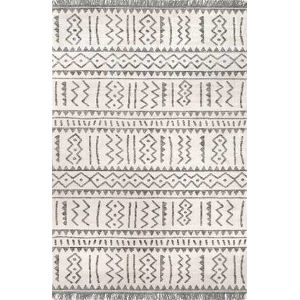 Tribal Gretchen Light Gray Rectangular: 5 Ft. x 8 Ft. Rug
