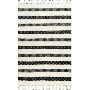 Striped Delia Ivory Runner: 2 Ft. 6 In. x 8 Ft.