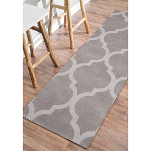 Grey Runner: 2 Ft. 6 In. x 8 Ft. Rug