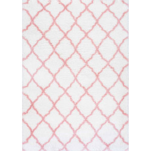 Nelda Trellis Kids Shag Baby Pink Rectangular: 6 Ft. 7 In. x 9 Ft. Rug