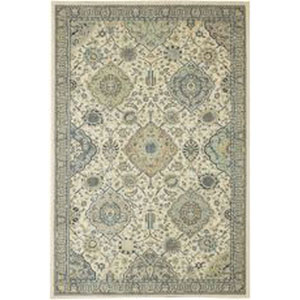 Traditional Beige Rectangular: 5 Ft. 3 In. x 7 Ft. 10 In. Rug