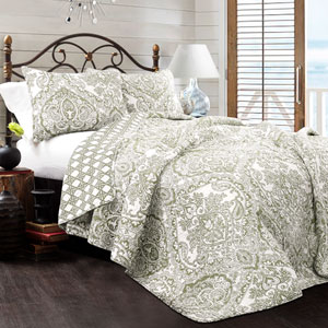 Aubree Sage Full/Queen Three-Piece Quilt Set