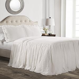 Ruffle Skirt White Queen Three-Piece Bedspread Set