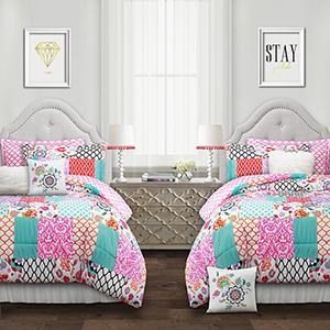 Brookdale Patchwork Multicolor Full/Queen Seven-Piece Comforter Set