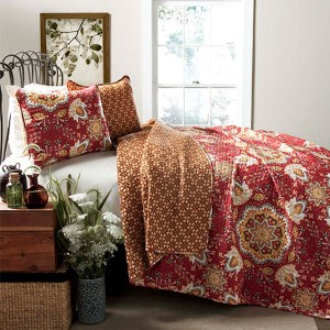 Addington Red Three-Piece Full/Queen Quilt Set