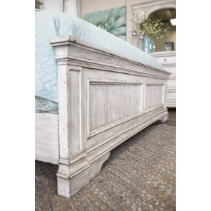 Highland Park Distressed Rustic Ivory Queen Footboard