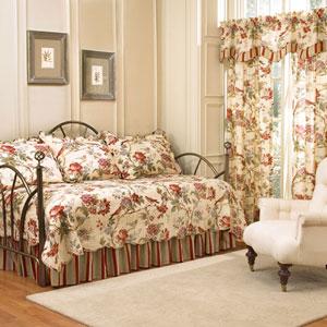 Charleston Chirp Papaya Five-Piece Daybed Quilt Set