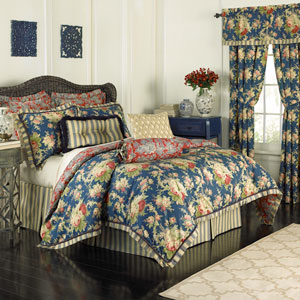 Sanctuary Rose Four-Piece Queen Comforter Set
