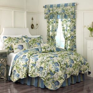 Floral Flourish Porcelain Three-Piece Twin Quilt Set