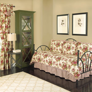 Norfolk Reversible Six-Piece Twin Daybed Quilt Set