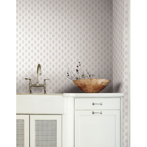 Waters Edge Off White French Scallop Pre Pasted Wallpaper