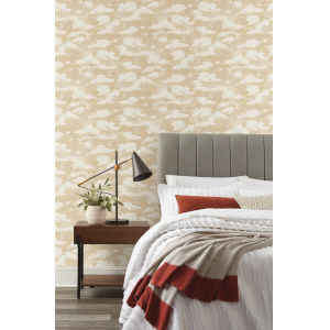 Silhouettes Metallic Gold Cloud Cover Wallpaper