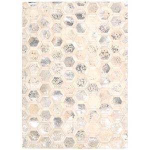 City Chic Snow Rectangular: 5 Ft 3 In x 7 Ft 5 In Rug