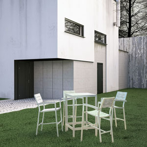 Maine 5 Piece Outdoor Patio Bar Set in White Light Gray