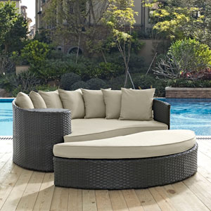Sojourn Outdoor Patio Sunbrella® Daybed in Antique Canvas Beige