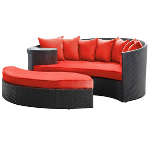 Taiji Daybed in Espresso Red
