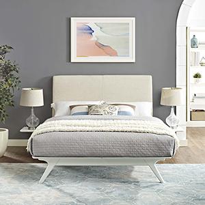 Tracy 3 Piece Queen Bedroom Set in White Beige