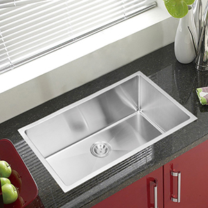 Premium Scratch Resistant Satin 32-Inch, 15 mm Corner Radius Single Bowl Undermount Kitchen Sink with Drain and Strainer