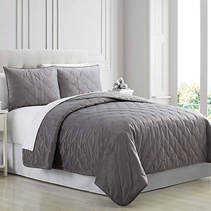 Cottage Lane Charcoal 3 Piece Queen Quilt Set