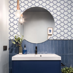 Mosaic Scallop Navy and Parchment 28 Sq. Ft. Peel and Stick Wallpaper