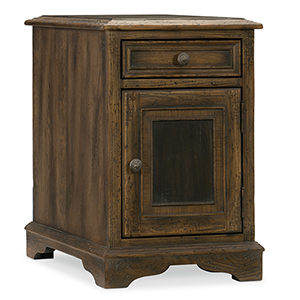 Hill Country Dewees Brown Chairside Table