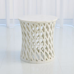 Diamond White 17-Inch Cocktail Table