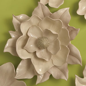 Magnolia Ivory Wall Flower