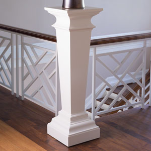 Williamsburg Ivory York Pedestal