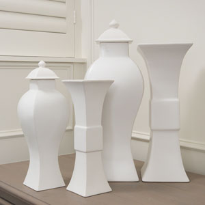 Willamsburg Matte White Small Garniture Urn