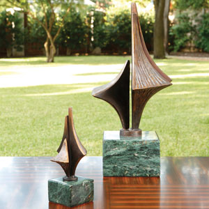 Triple Arrow Small Sculpture