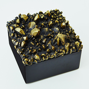 Facet Black Marble Box with Bronze Cluster Top