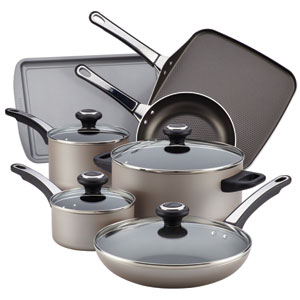 Nonstick Champagne Aluminum 17-Piece Cookware Set