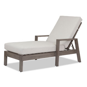 Laguna Chaise Lounge with Cushions in Canvas Flax with Self Welt